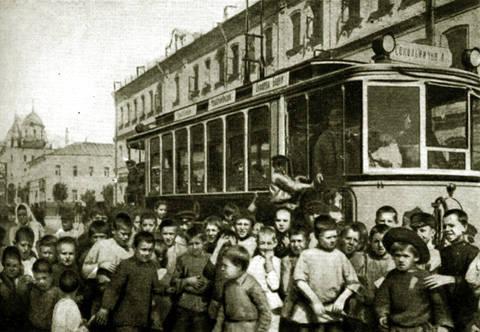 Полная актуальная информация о маршруте.  Доступна схема движения на карте.  Маршрут трамвая 11 на карте Москвы.